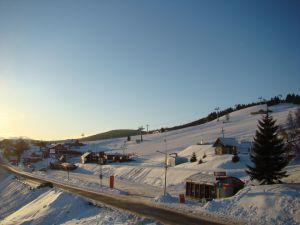 wypozyczlania_nart_i_snowboardu_t_and_t_04